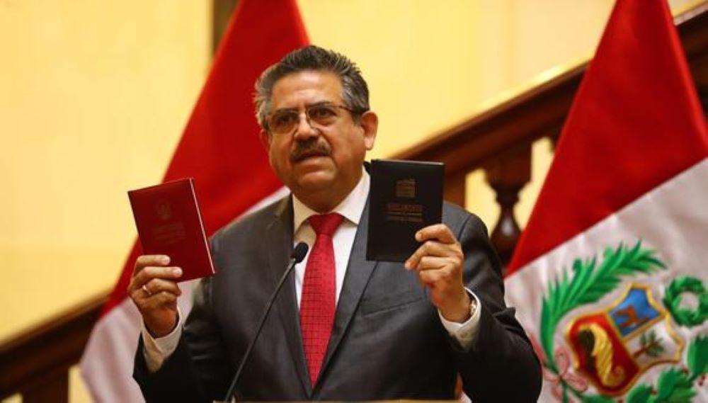 Denuncian por homicidio al expresidente de Perú Manuel Merino y a su primer ministro