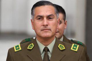 El jefe de los Carabineros de Chile renuncia después de que que agentes hirieran de bala a dos adolescentes