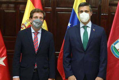 La lección de Martínez-Almeida a Sánchez al recibir a Leopoldo López en el Ayuntamiento de Madrid