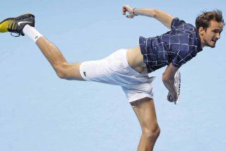 El diabólico Medvedev vence a Thiem, tras ganar a Djokovic y Nadal, y es el nuevo 'maestro'