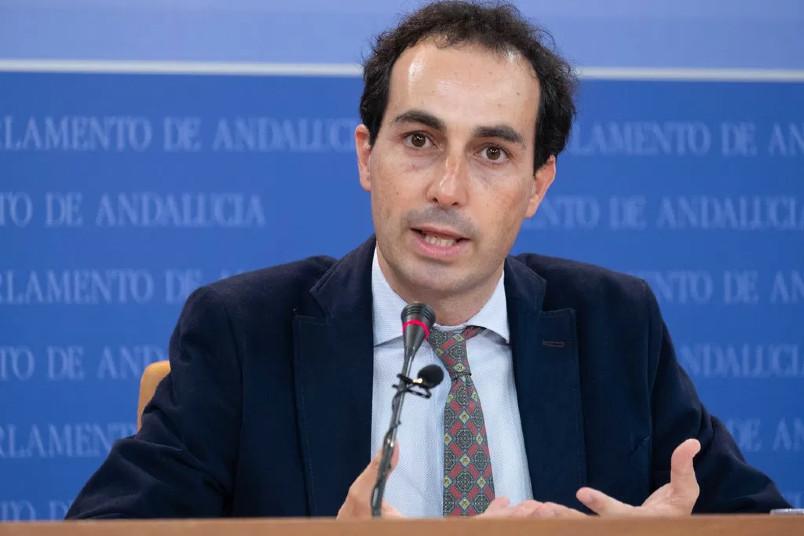 """Miguel Angel Ruiz (PP-A): """"La LOMLOE priva a las familias sin recursos del derecho a elegir la educación que quieren para sus hijos"""""""