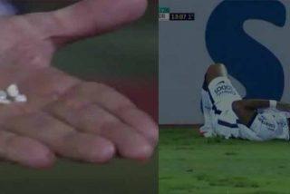 Un futbolista pierde 4 dientes en el partido y su compañero ejerce de VAR ante al árbitro