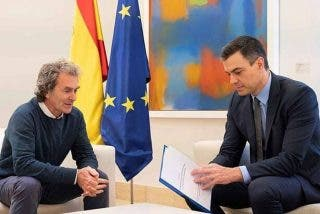 Cisma en Moncloa: asombroso palo a Fernando Simón que arruina su futuro laboral