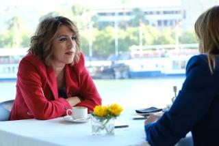 Susana Díaz (PSOE) lleva 2 años sin digerir su salida de la Junta de Andalucía y saca su mal café contra VOX