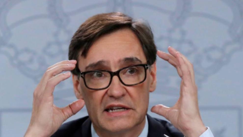 El ministro Illa posterga en la vacunación a los sanitarios porque sólo hay dosis para mayores de 80 años