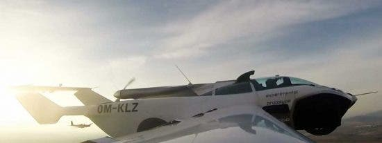 AirCar: el coche que se convierte en avión en tres minutos realiza su primer vuelo con éxito
