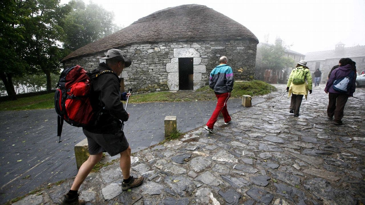 Un lugar prehistórico y mágico en el Camino de Santiago: O Cebreiro