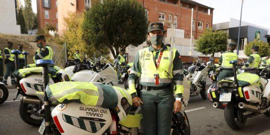 La Guardia Civil exige a Marlaska explicaciones por los 46 agentes contagiados por Covid-19 en la Vuelta Ciclista