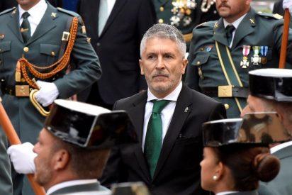 Arde la Guardia Civil: Marlaska cesa al general en Canarias por alertar del drama de las pateras