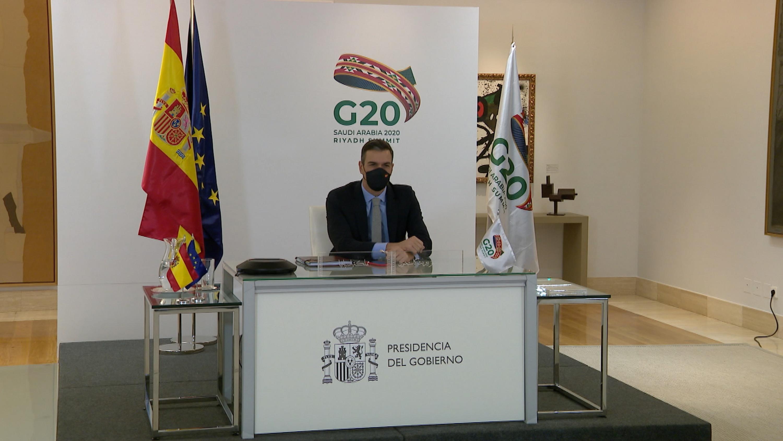 Una foto del ridículo mundial de Pedro Sánchez ante los líderes del G-20 se hace viral