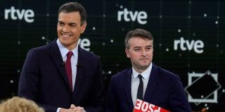 El 'Gobierno paralelo' del gurú de Sánchez: la mitad de los asesores están controlados por Iván Redondo