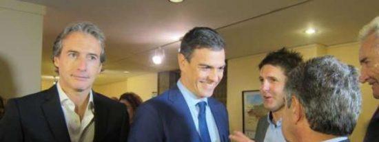 Sonrojo en TVE: Cintora causa un ridículo incidente en Moncloa para apoyar a Sánchez