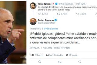 Simancas se come con patatas un viejo tuit en el que abroncaba a Iglesias por jalear la libertad de Otegi