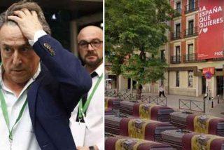 """El PSOE se querella contra Hermann Tertsch por publicar el meme con ataúdes en la calle Ferraz: """"¡Piel fina!"""""""