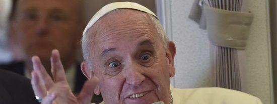 Vaticano: cachondeo en las redes e indignación de los fieles por el esperpéntico Belén del Papa Francisco
