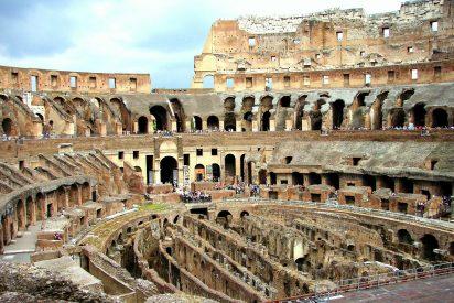 Se inicia la 'reconstrucción' de la arena del Coliseo romano, sobre la que luchaban y morían gladiadores, fieras y mártires