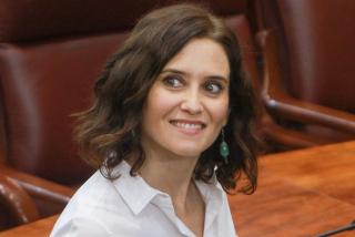 """El diario francés 'Le Figaro' presenta a Isabel Díaz Ayuso como """"la mujer que ha liberado Castilla"""""""