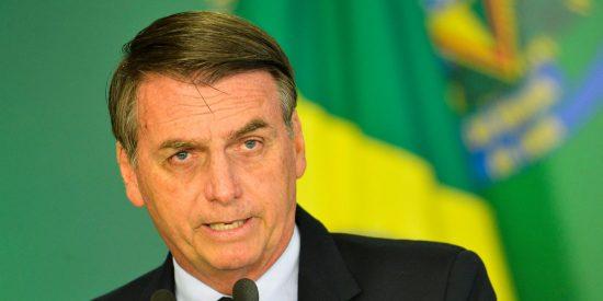 Jair Bolsonaro indulta a policías y militares que mataron en el ejercicio de sus 'funciones'