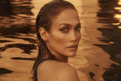 Jennifer Lopez más sensual que nunca: en ajustado traje de baño y sobre una paddle board