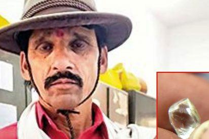 Este granjero alquiló por 3 euros una parcela y encontró en ella un diamante de 80.000
