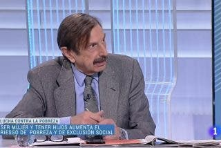 Antonio Papell demuestra tener un serio problema de memoria tras loar los pactos con EH Bildu