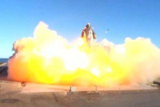 Un accidentado aterrizaje deja al cohete interplanetario de Space X en llamas