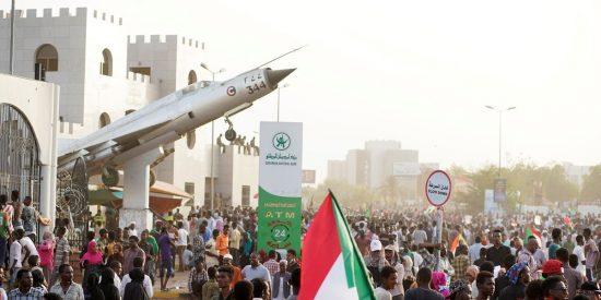 Sudán desaparece de la lista aliados del terrorismo después de 27 años