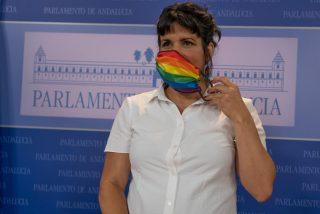 Teresa Rodríguez vomita odio contra quienes critican el traslado de irregulares desde Canarias
