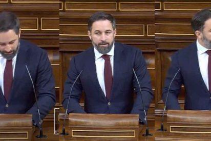 """'Las cosas claras' las dice Abascal: """"Sánchez e Iglesias alojan ilegales en hoteles de lujo mientras los españoles se quedan en paro"""""""