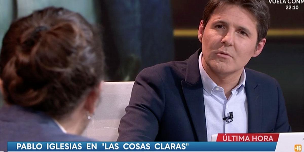 Cintora, poniéndole ojitos a Iglesias, le suplica autocrítica con 70.000 muertos a su espalda