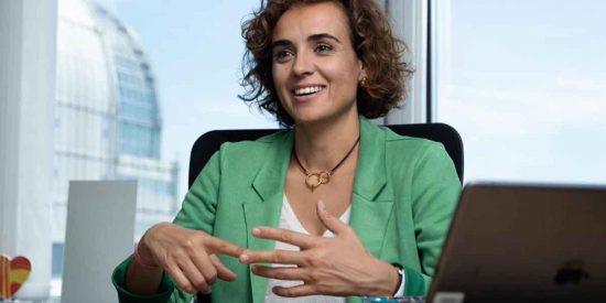 """Entrevista a Dolors Montserrat: """"PSOE y Podemos rechazaron debatir en la Eurocámara la crisis migratoria en Canarias"""""""