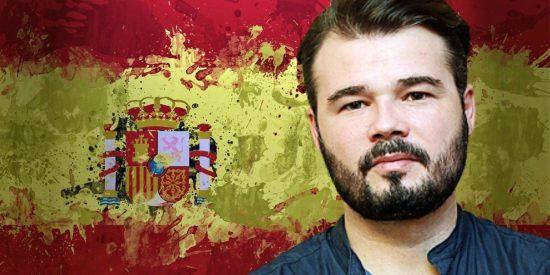 Una sentencia del Constitucional zarandea a Gabriel Rufián y su plan de quemar impunemente banderas de España
