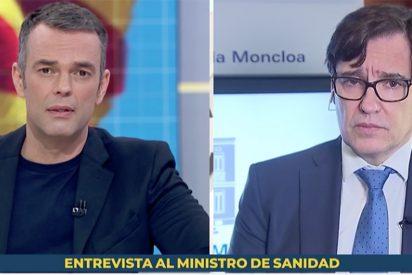 Repulsivo masaje a Illa en la TVE podemita: el sustituto de Mónica López le pregunta por lo 'útil' del indulto