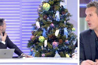 El tétrico árbol de Navidad que ha montado Joaquín Prat para insistir en su enfado