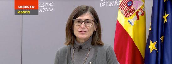La 'fugada' directora general de Salud Pública reaparece para colgarse la medalla de la vacuna