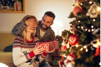 La Organización Mundial de Salud aconseja quedarse en casa en Navidad y evitar acudir a las reuniones familiares