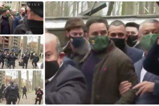 """Abascal planta cara a sus agresores en el mitin de Gerona: """"Cuatro amigos de los terroristas no nos van a callar"""""""