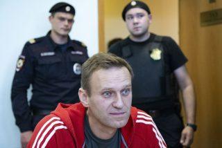"""Rusia oculta dónde mantiene a Alexei Navalny: """"Fue trasladado a donde debe estar"""""""