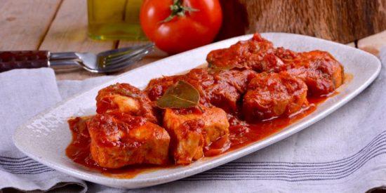 Receta: bonito con tomate