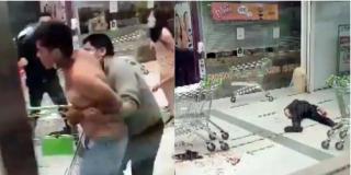 El vídeo del atroz crimen de Chile: Un adolescente apuñala a dos guardias de seguridad