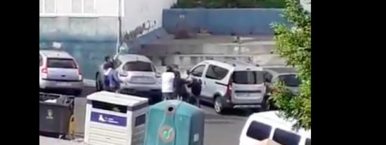 El vídeo del inmigrante que acosa a niñas de 10 años en Canarias y le dan una paliza que se hace viral
