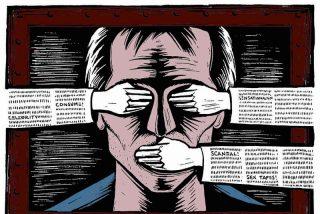 Pablo Iglesias, que exige cárcel para quienes le llaman 'garrapata', pretende que injuriar al Rey no sea delito