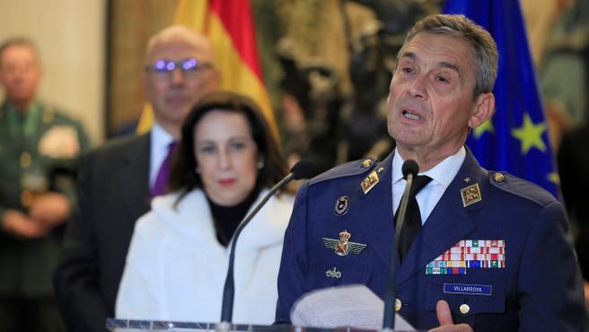 Dimite el Jefe del Estado Mayor de la Defensa, general Miguel Ángel Villarroya, por vacunarse antes de tiempo