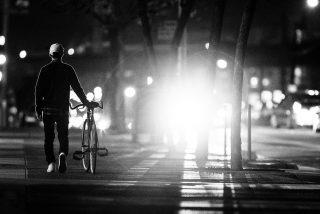 DGT: ¿Qué luces debo llevar en la bicicleta?