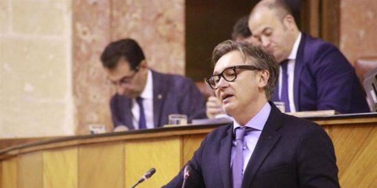"""Manuel Gavira (VOX) advierte a Elías Bendodo (PP): """"Si no cumplen los acuerdos hasta aquí hemos llegado"""