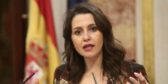 Inés Arrimadas persevera en el error y ofrece al PSC formar con Cs un 'Govern sensato y moderado' en Cataluña
