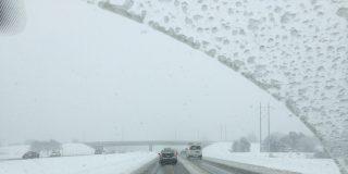 Tráfico: cómo detectar y superar las placas de hielo en la carretera