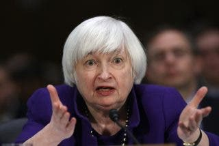Janet Yellen hunde el Bitcoin: alerta ante un posible desplome de las criptomonedas