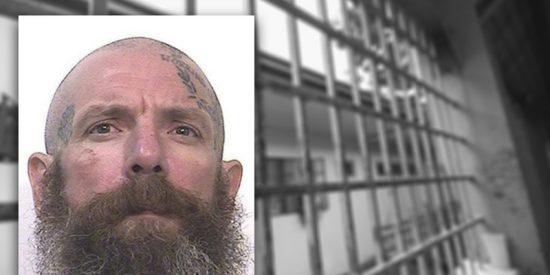 Este asesino mata a golpes a dos pederastas presos en una prisión de EEUU