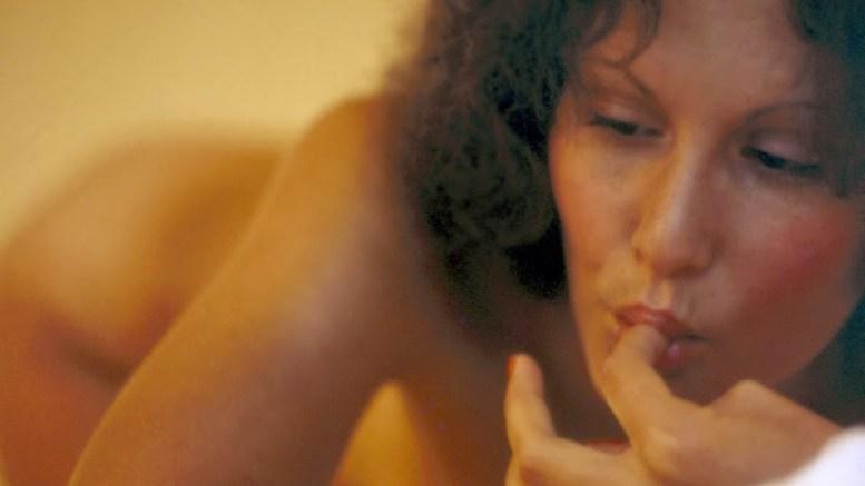 La caliente y triste historia de Linda Lovelace, la estrella de 'Garganta Profunda'
